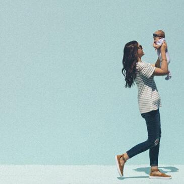La edad media a la que las mujeres españolas tienen su primer hijo se retrasa hasta los 31 años en 2019