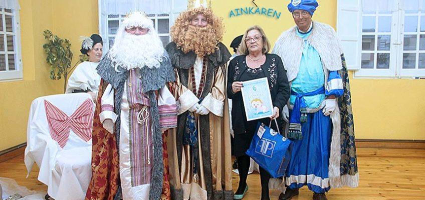 Visita de los Reyes Magos a Ainkaren 2016